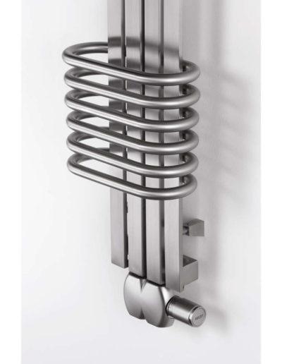 Aeon Bolereo Stainless Steel Towel Rad Detailing